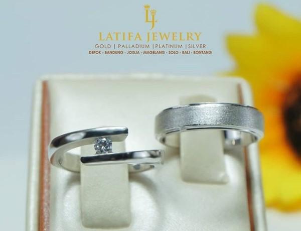 cincin kawin emas, cincin nikah palladium, cincin tunangan perak 925, cincin couple platinum, cincin kawin palladium, cincin tunangan emas, produksi cincin, pin emas